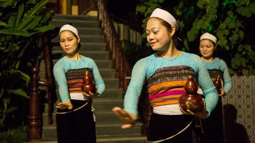 Múa truyền thống dân tộc Thái